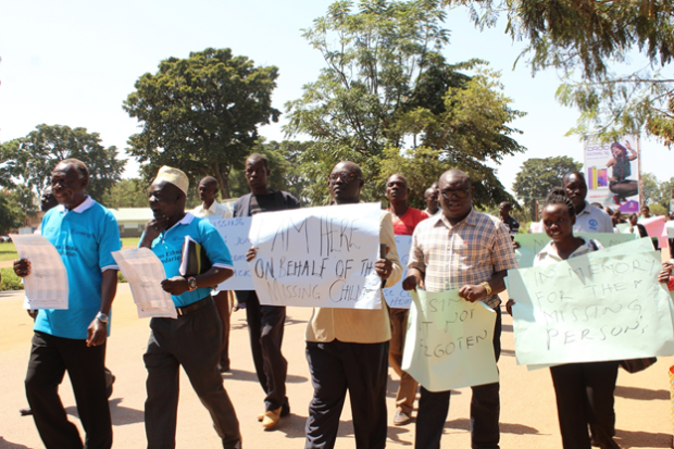 On 28 August 2015, families of the missing, religious and traditional leaders, and civil society marched through Lira to commemorate the International Day of the Disappeared as part of JRP's The RIght to Know campaign.